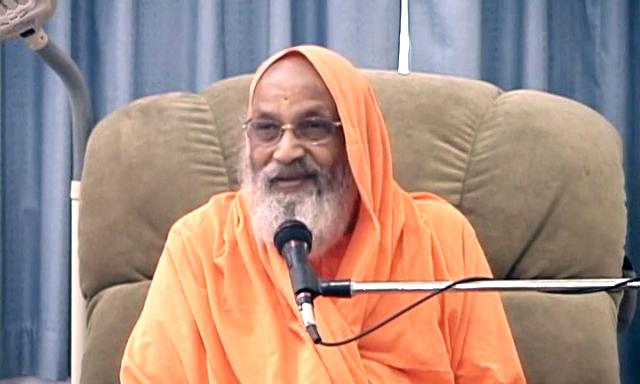 SwD Swamiji with Youth